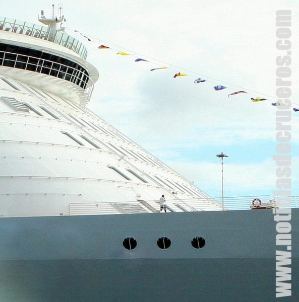 Cruceros Gigantes