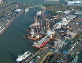 Genting Hong Kong compra Lloyd Werft