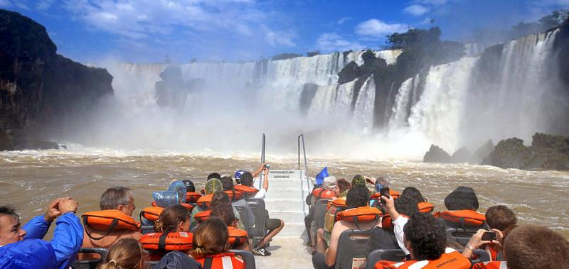 Turismo fluvial conectando Argentina, Paraguay y Brasil