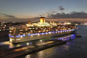 El Costa Luminosa inaugurará la temporada en el Canal de Panamá