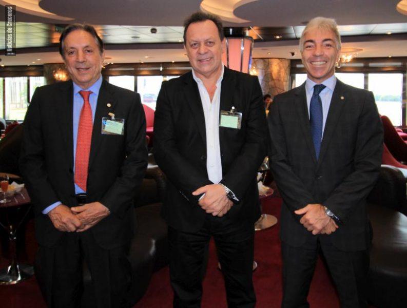 Oscar Ghezzi, Gustavo Santos y Roberto Fusaro