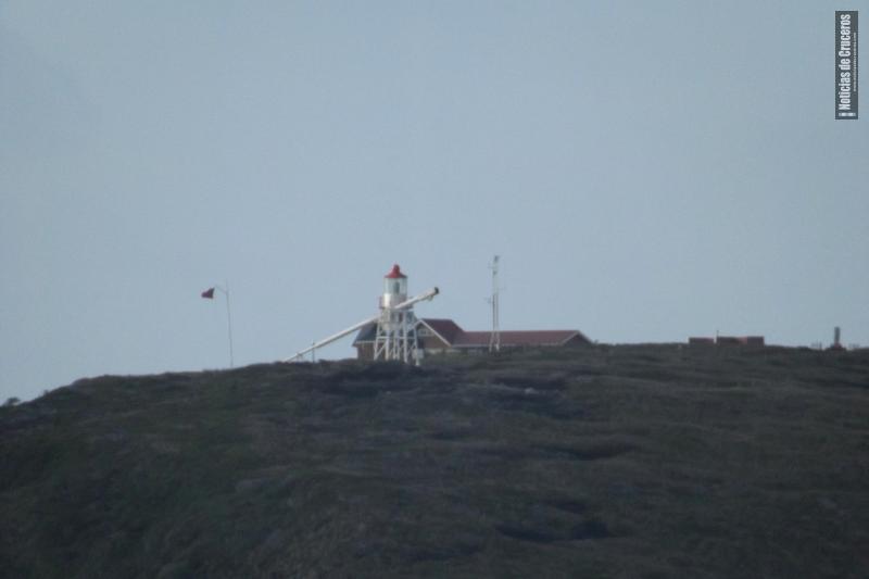 Base y Faro de la Isla Hornos