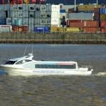 """El servicio """"Proa Urbana"""" que vincula el norte del conurbano bonaerense con Puerto Madero, en pleno centro de la ciudad de Buenos Aires."""