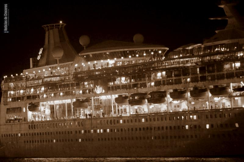 Rhapsody_of_the_Seas