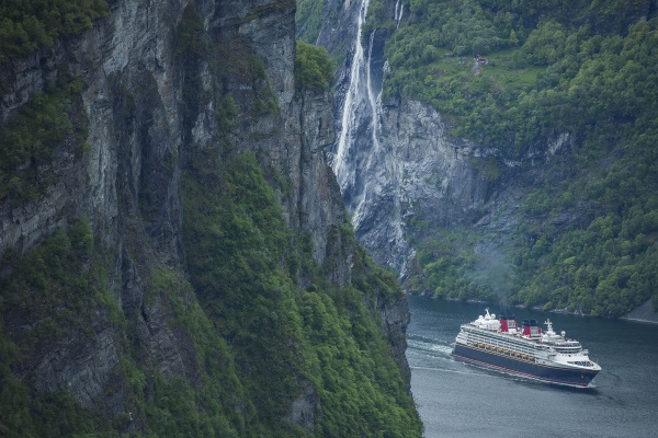 Disney-Magic-en-Geiranger-2
