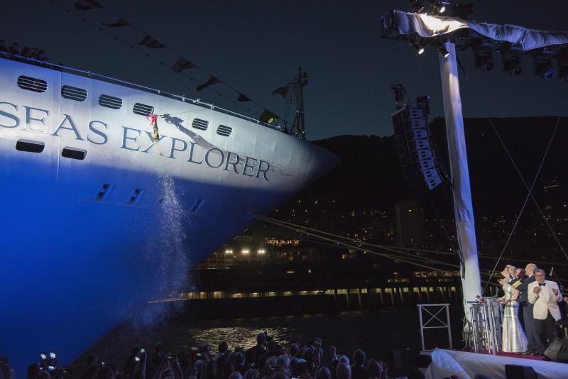 Regent Seven Seas inaugura su Seven Seas Explorer