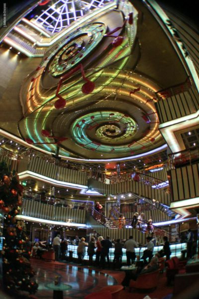 costa_pacifica_Atrium