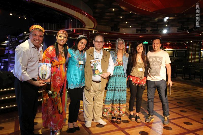 Grupo_periodistas_con_Jimena_La_Torre