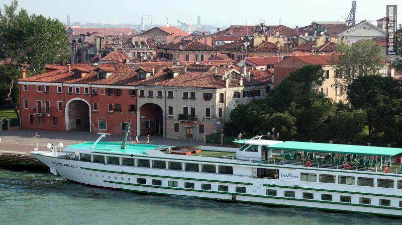 Cruceros fluviales, CroisiEurope